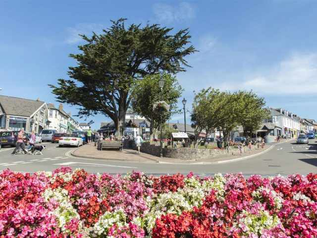 Bude high street by Matt Jessop