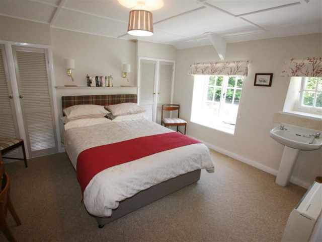 Kingsize bedroom