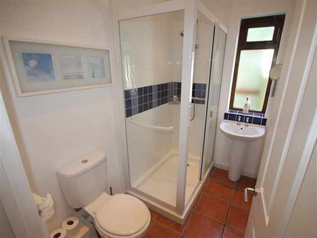 Good size shower room WC