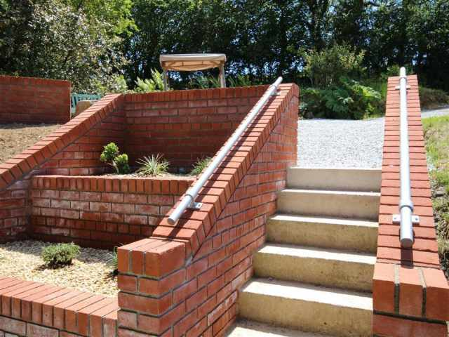 Attractive steps and planted area