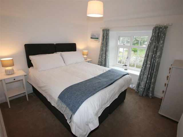 Double bedroom with 5ft zip linked beds